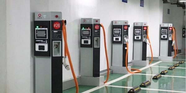 充电桩机壳定制厂家-交流充电桩技术标准-精致机柜