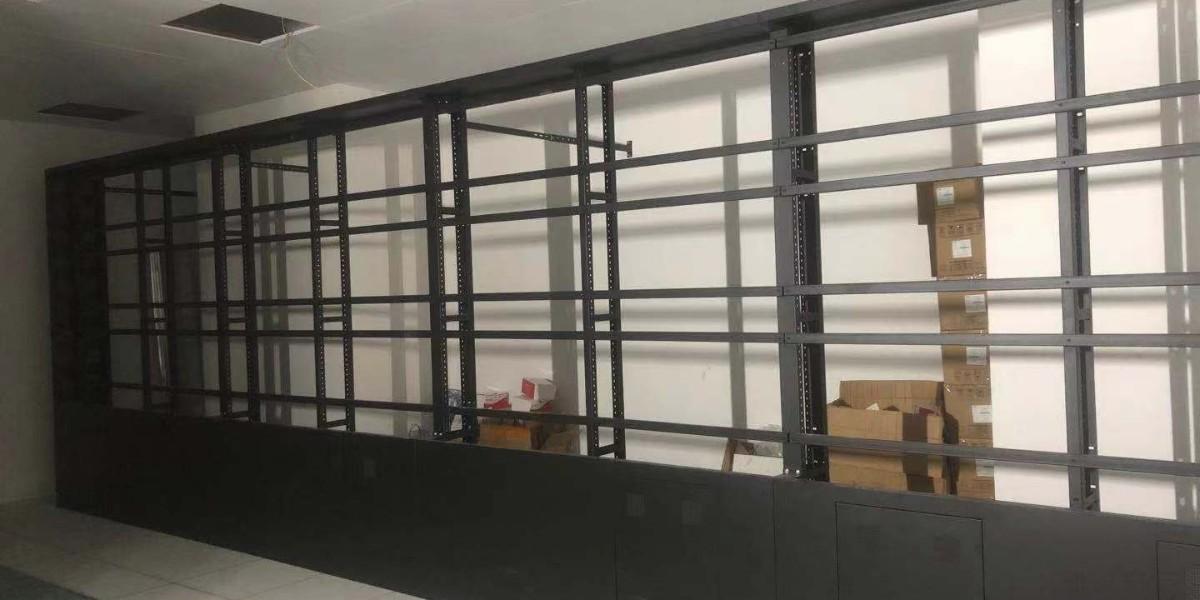 精致厂家为蛇口某大厦监控中心安装电视屏幕墙
