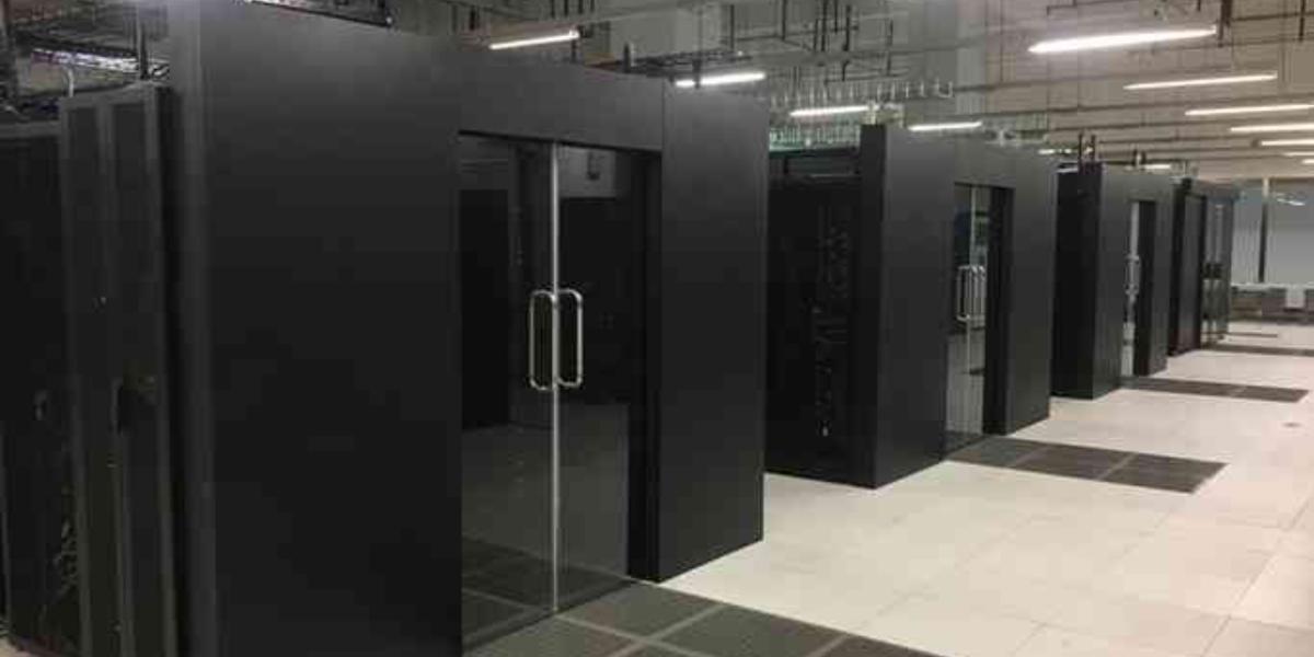 精致机柜助力贵州松桃公安局数据机房建设项目