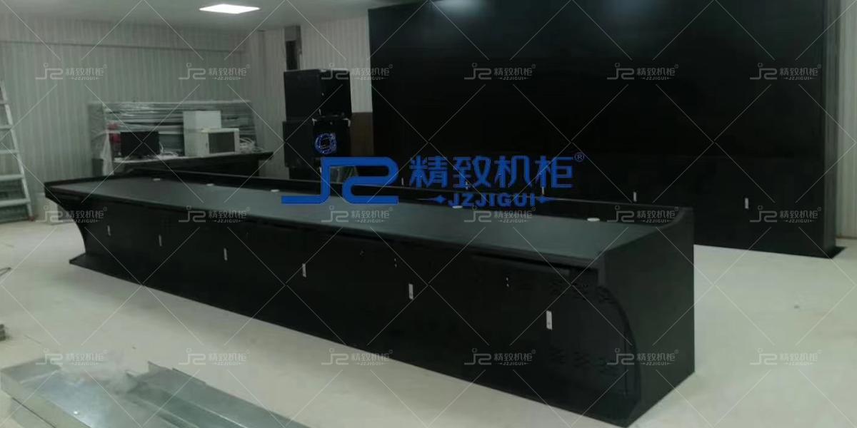 深圳龙华富安娜工业区监控操作台和电视拼接墙项目